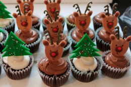 Christmas Tree cup cakes (1)